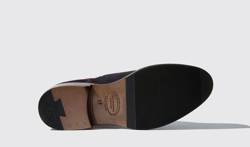 hot sales e5cb7 3f6c3 Women's Blue Chelsea Boots - Bruna   Scarosso